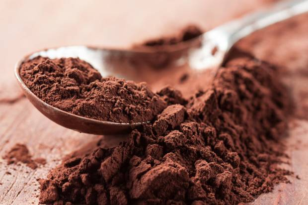 Hidden powers of cocoa powder
