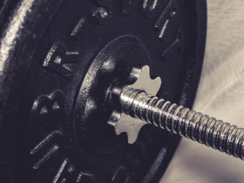 Want strength and bulk? Use light weights.