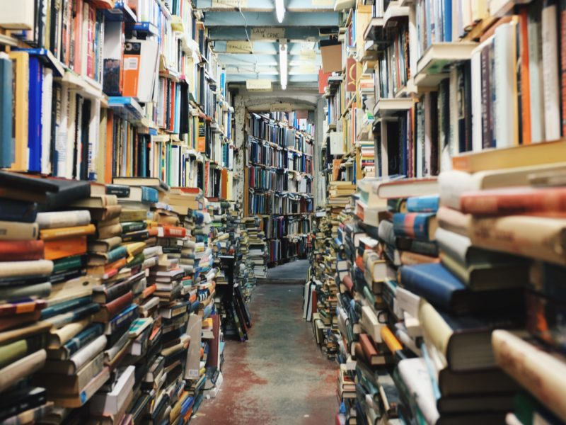 Reading helps you live longer, study finds